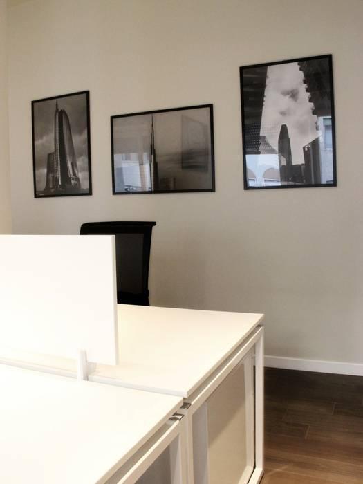 Allestimento uffici, Milano. : Complessi per uffici in stile  di Abitudinicreative