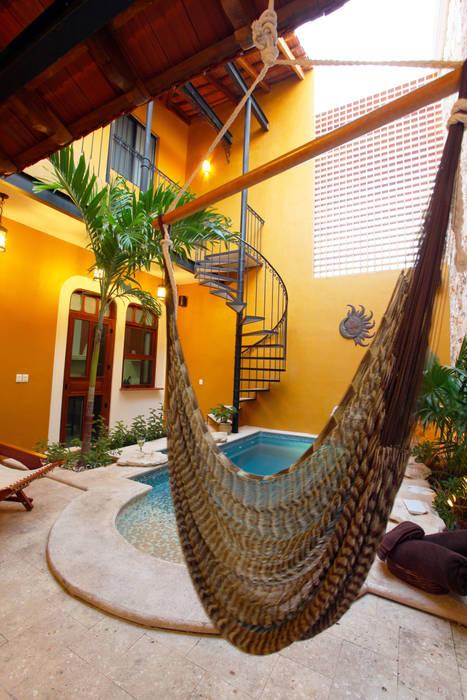 Terraza Balcones y terrazas de estilo colonial de Arturo Campos Arquitectos Colonial