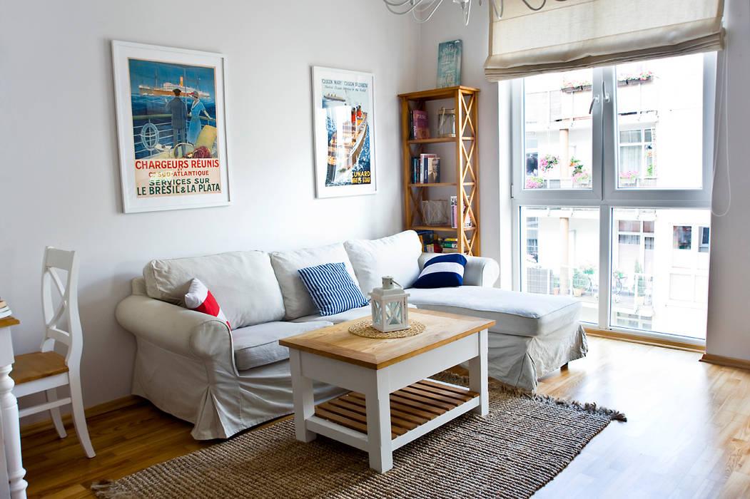 Ruang Keluarga Gaya Mediteran Oleh Miśkiewicz Design Mediteran