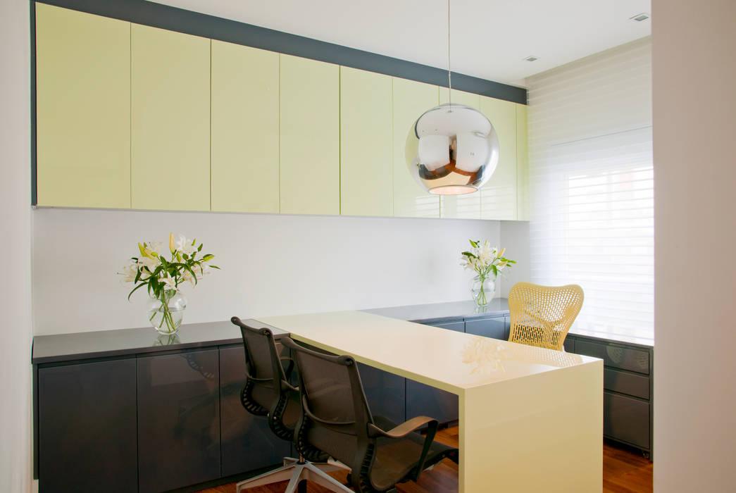Apartamento Colorido - Depois Brunete Fraccaroli Arquitetura e Interiores Quartos modernos