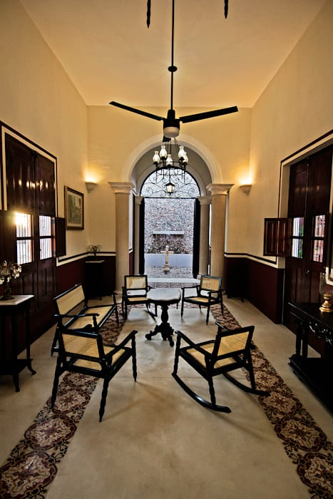 Sala Arturo Campos Arquitectos Salones coloniales