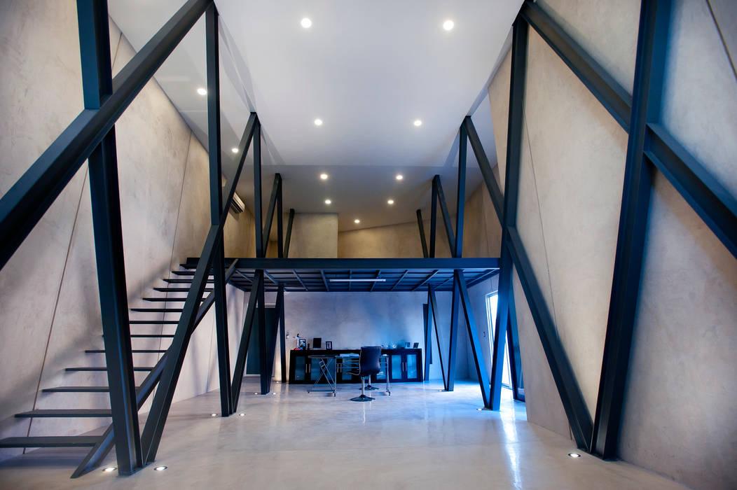 Oficina Principal: Edificios de Oficinas de estilo  por Arturo Campos Arquitectos