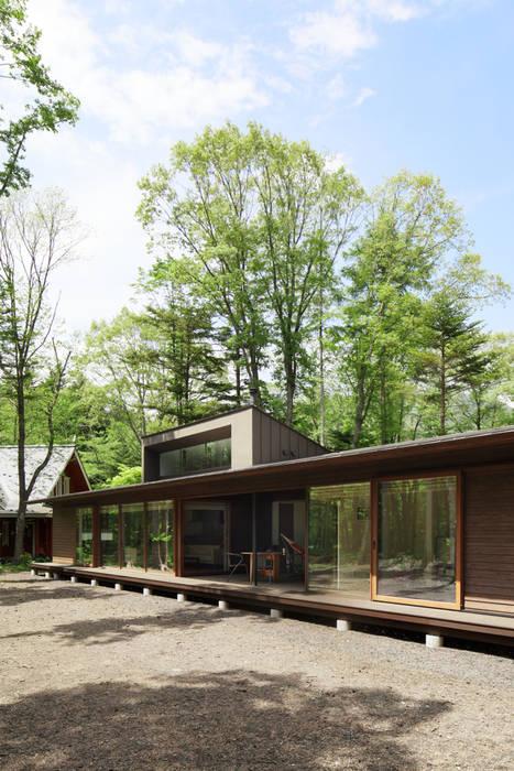 外観~025軽井沢Sさんの家 atelier137 ARCHITECTURAL DESIGN OFFICE 日本家屋・アジアの家 木 ブラウン