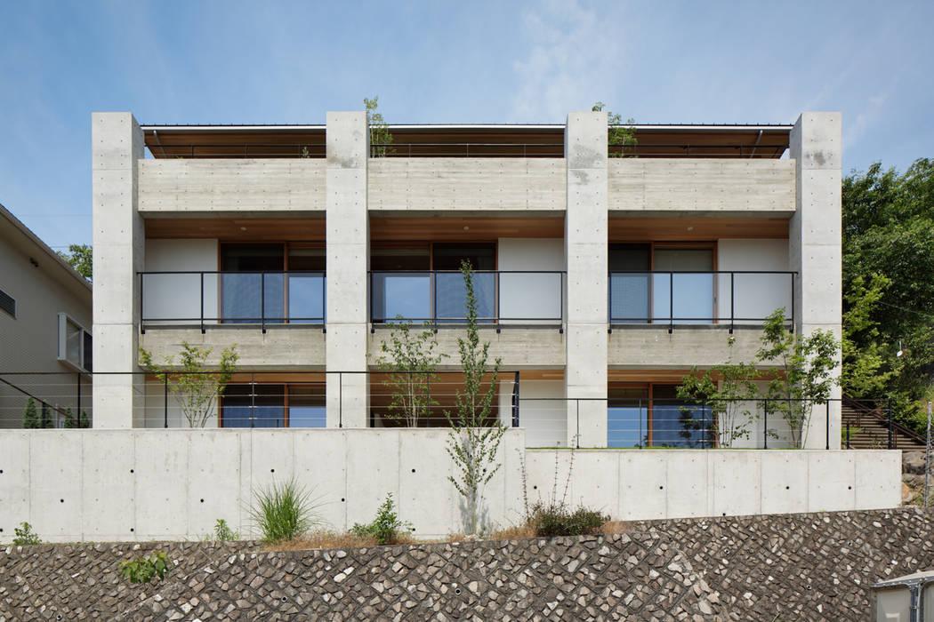 Casas de estilo moderno de atelier137 ARCHITECTURAL DESIGN OFFICE Moderno Hormigón
