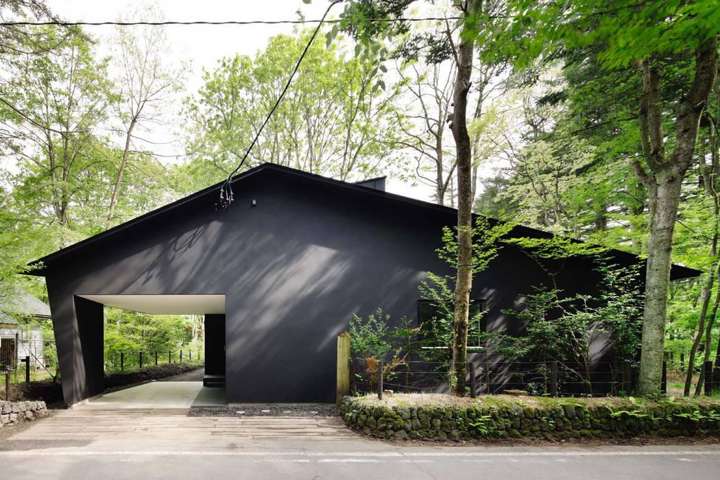 外観~軽井沢Cさんの家 モダンな 家 の atelier137 ARCHITECTURAL DESIGN OFFICE モダン