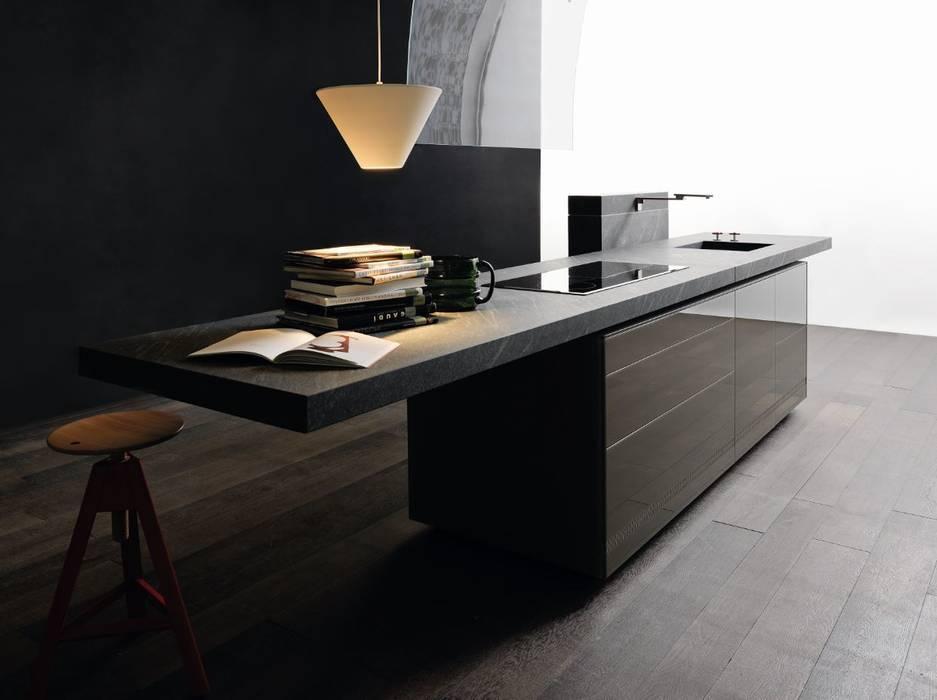 New Logica System | Cardoso stone worktop Minimalist kitchen by Valcucine Minimalist