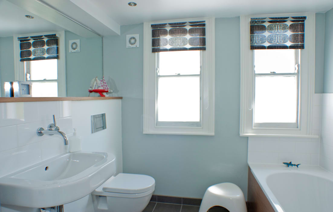 Bathroom in Victorian house in Bristol Modern bathroom by Dittrich Hudson Vasetti Architects Modern