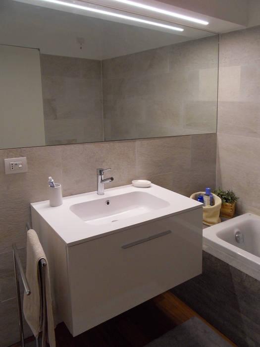 Particolare bagno di servizio bagno moderno di gk ...