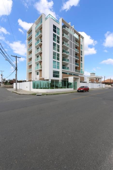 ZAAV-Edifício Residencial-1120 Casas minimalistas por ZAAV Arquitetura Minimalista