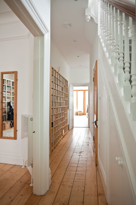 Remodelling of Victorian House by DHV Architects Modern corridor, hallway & stairs by Dittrich Hudson Vasetti Architects Modern