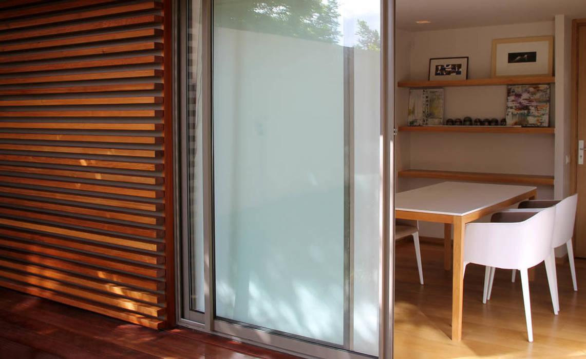 *kiosque dans le jardin Fenêtres & Portes modernes par 180° Moderne