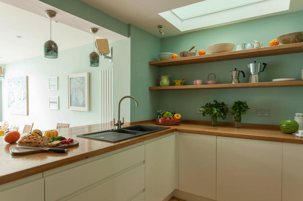 Double storey extension for artist in Bishopston, Bristol Dittrich Hudson Vasetti Architects Modern kitchen