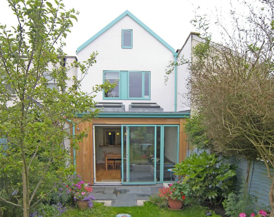 Double storey extension for artist in Bishopston, Bristol:  Dining room by Dittrich Hudson Vasetti Architects, Modern