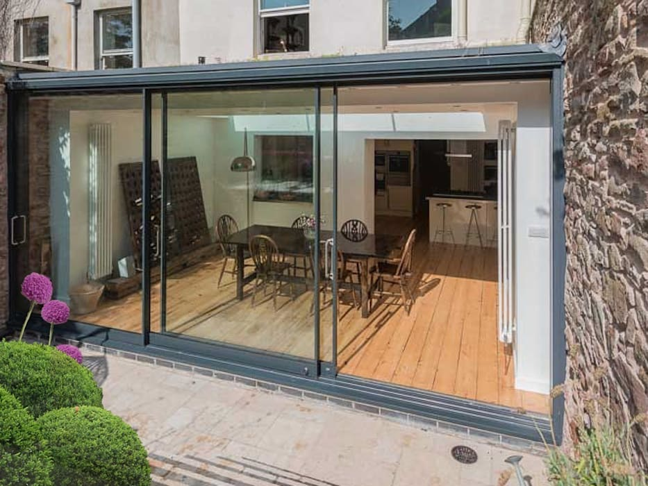 Extension to Grade II* listed building in Clifton Modern dining room by Dittrich Hudson Vasetti Architects Modern