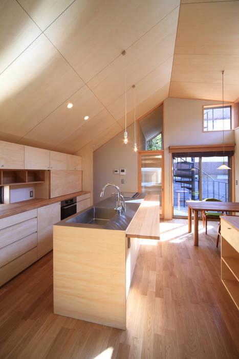 キッチン2 モダンな 家 の 悠らり建築事務所 モダン