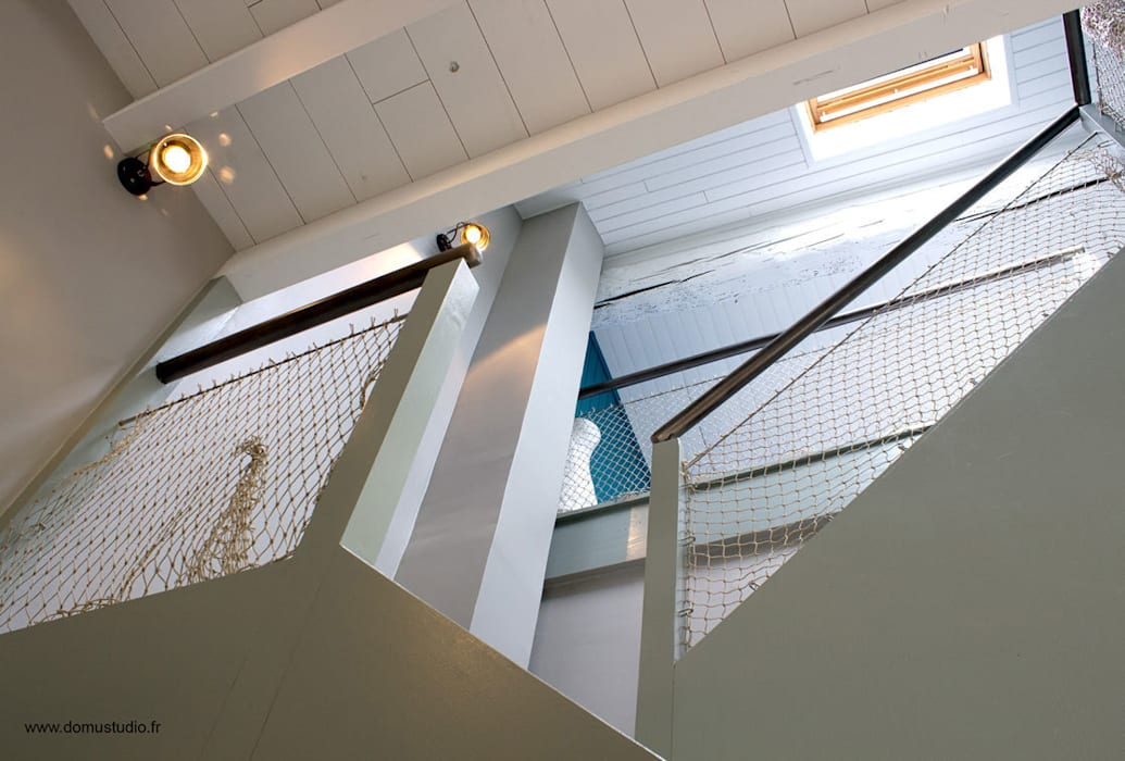 Maison de village - creation escalier Balcon, Veranda & Terrasse méditerranéens par Koloré Méditerranéen