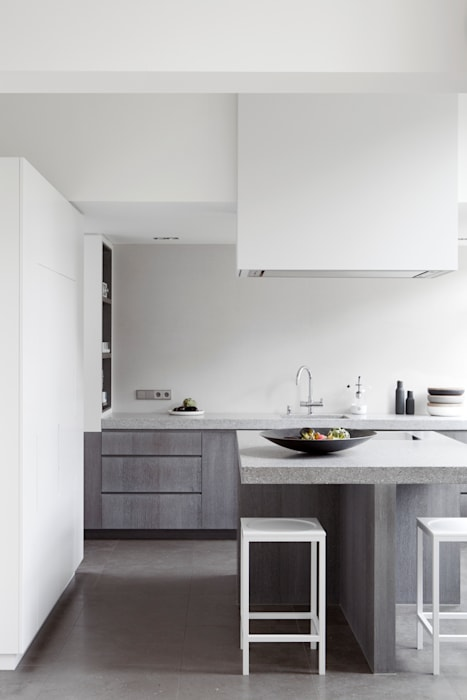 Kitchen by Remy Meijers Interieurarchitectuur, Modern