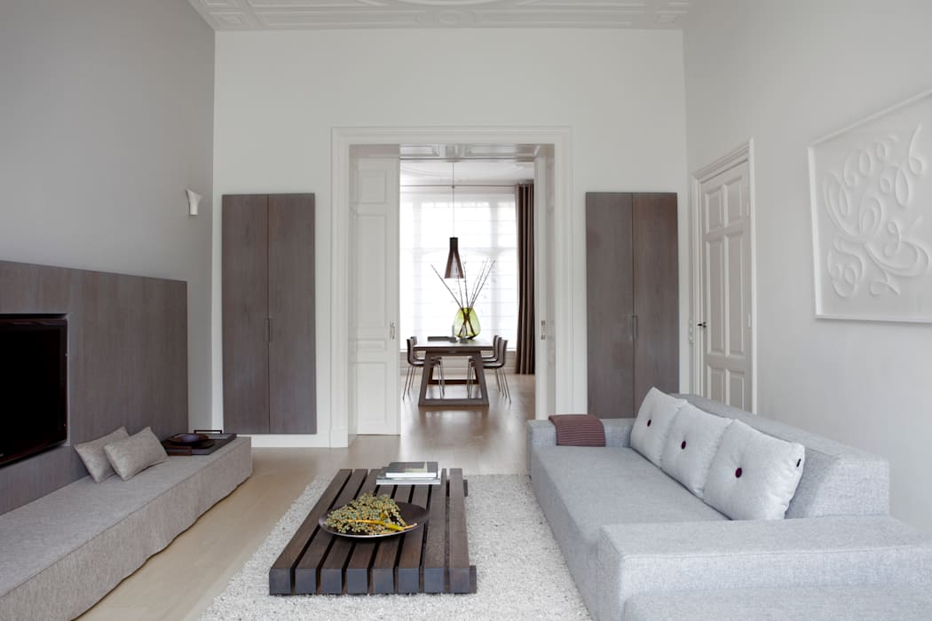 Living room by Remy Meijers Interieurarchitectuur, Modern