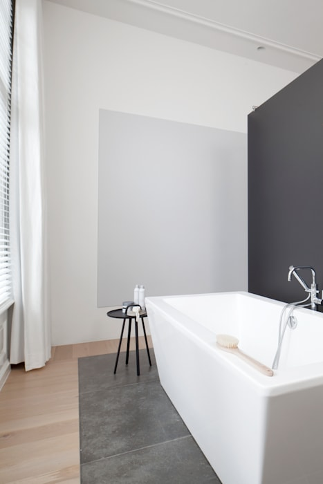 Modern style bathrooms by Remy Meijers Interieurarchitectuur Modern
