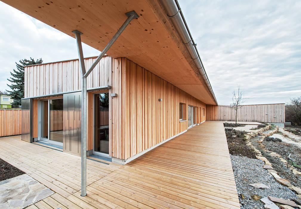 Terrace by Abendroth Architekten,