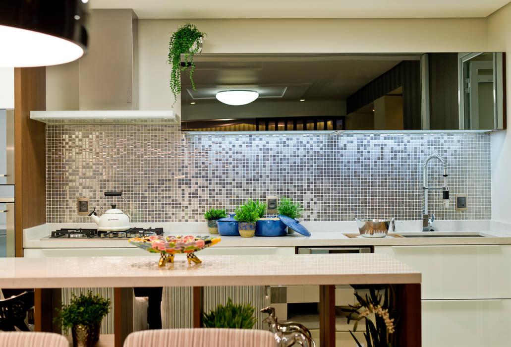 ArchDesign STUDIO 現代廚房設計點子、靈感&圖片
