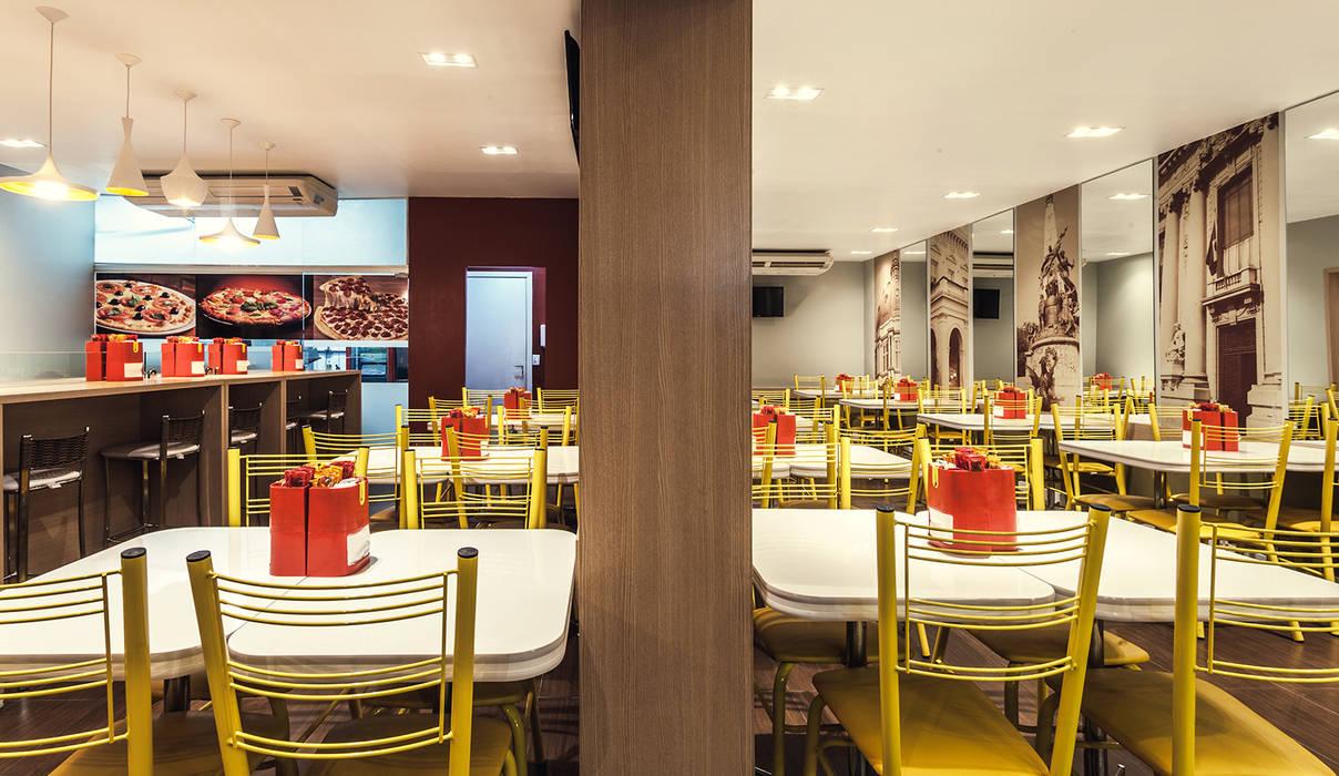 Agostini Lancheria Espaços gastronômicos modernos por RICARDOTRAMONTINA.ART Moderno