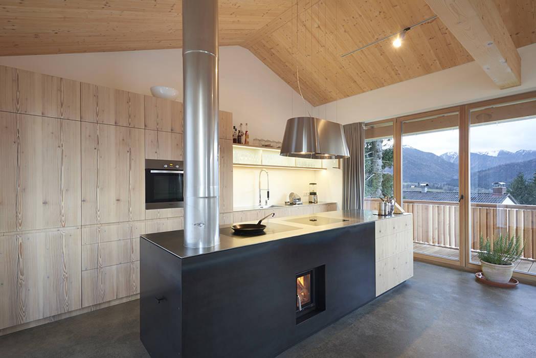 peter glöckner architektur Modern style kitchen