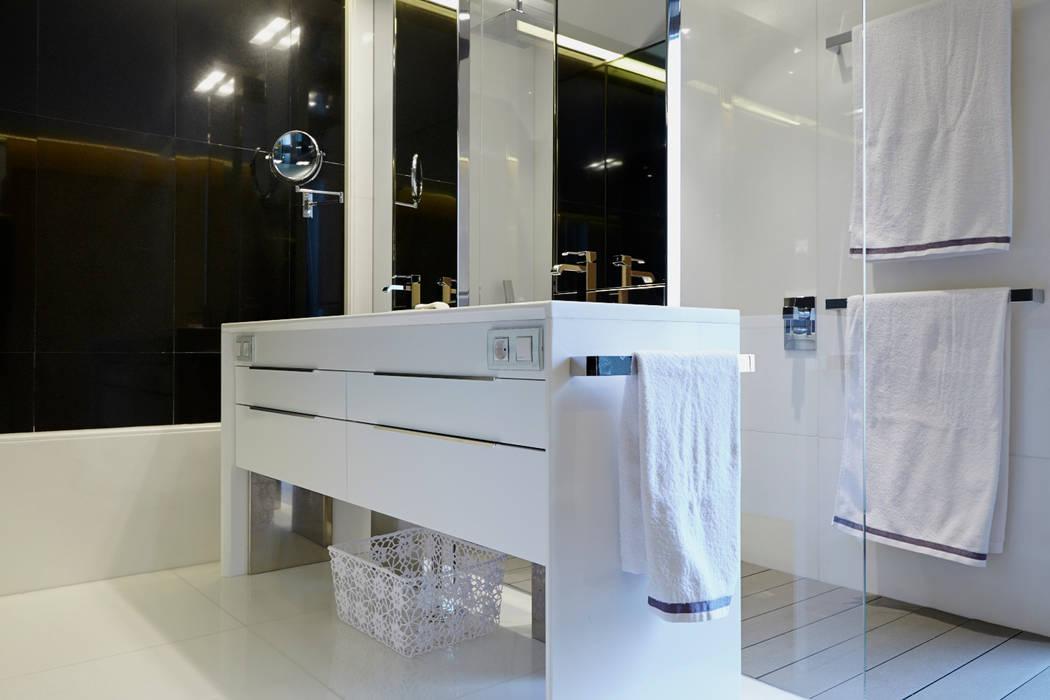 Baños de estilo clásico de Tarimas de Autor