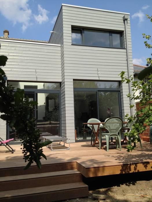 Extension d'une maison en ossature bois par Philippe Gobin Architecte