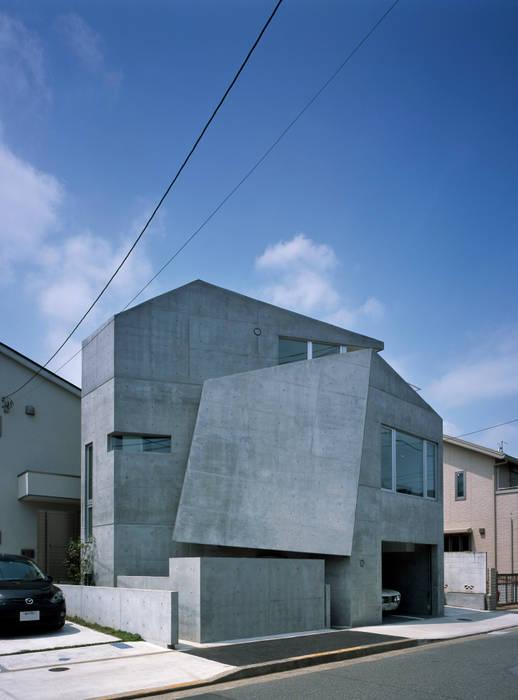 caverna 筒井紀博空間工房/KIHAKU tsutsui TOPOS studio オリジナルな 家