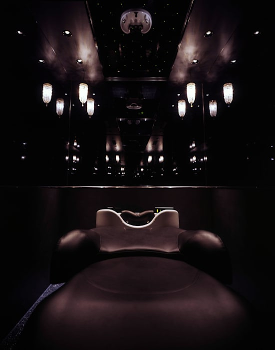 Head Spa Room: Shigeo Nakamura Design Officeが手掛けたオフィススペース&店です。