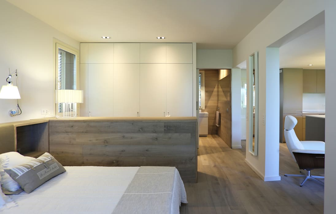Modern home by dom arquitectura Modern
