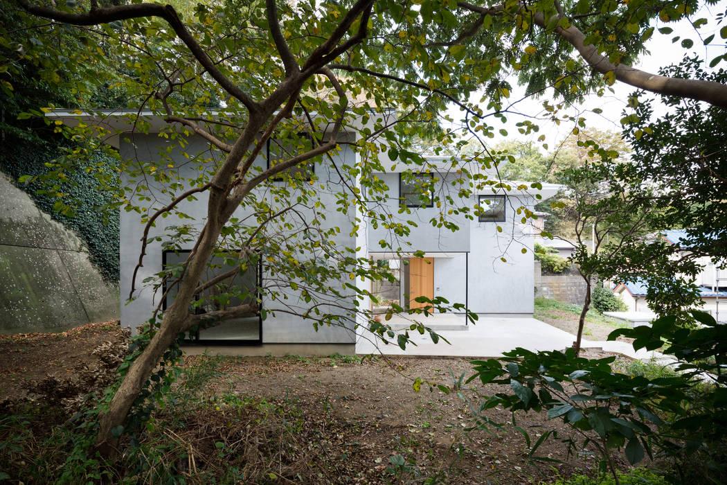Modern houses by 栗原隆建築設計事務所 Modern