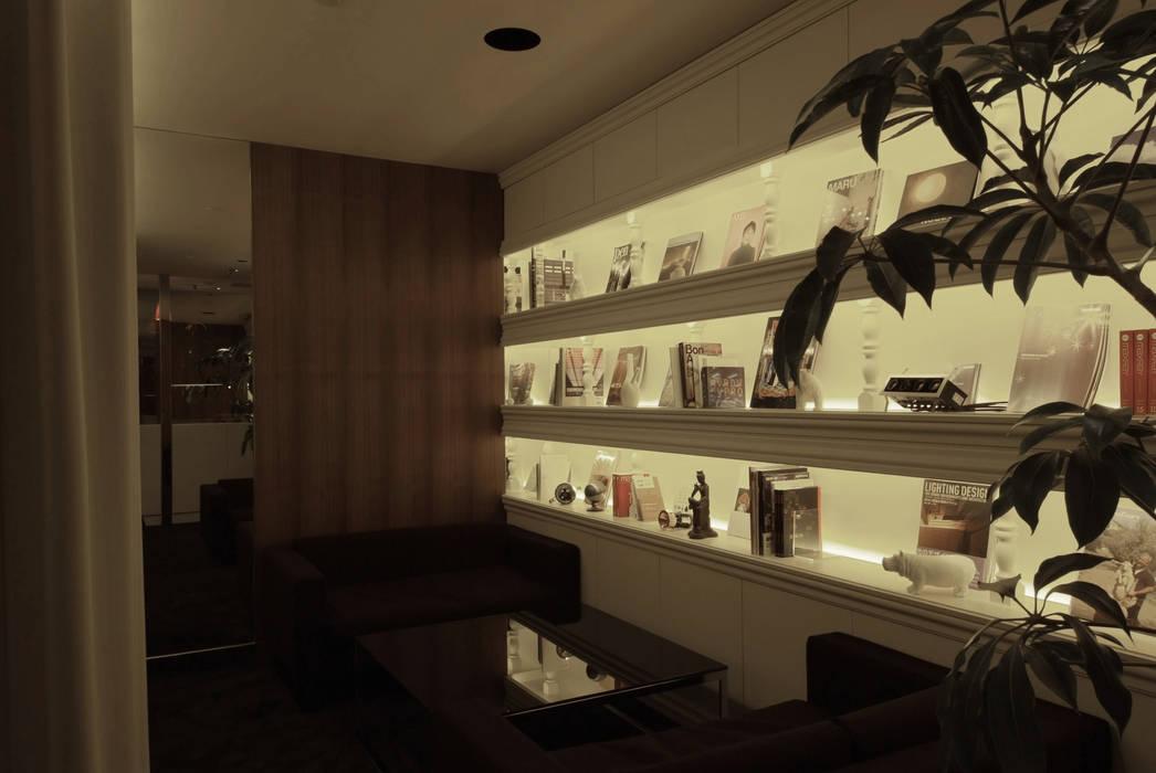 Meeting space-1: Shigeo Nakamura Design Officeが手掛けたオフィススペース&店です。