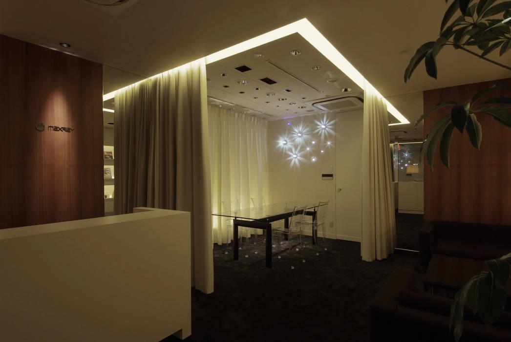 LAB SPACE-2 の Shigeo Nakamura Design Office モダン