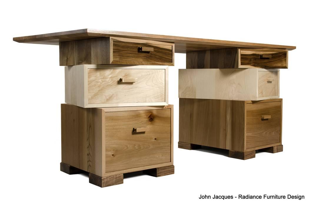 Magnetic Stack Desk with Fitted Humidor por Radiance Furniture Design Moderno
