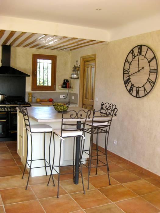 Mediterranean style kitchen by B.Inside Mediterranean