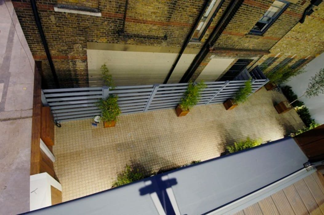 Notting Hill Townhouses:  Terrace by Clarke Renner Architects,