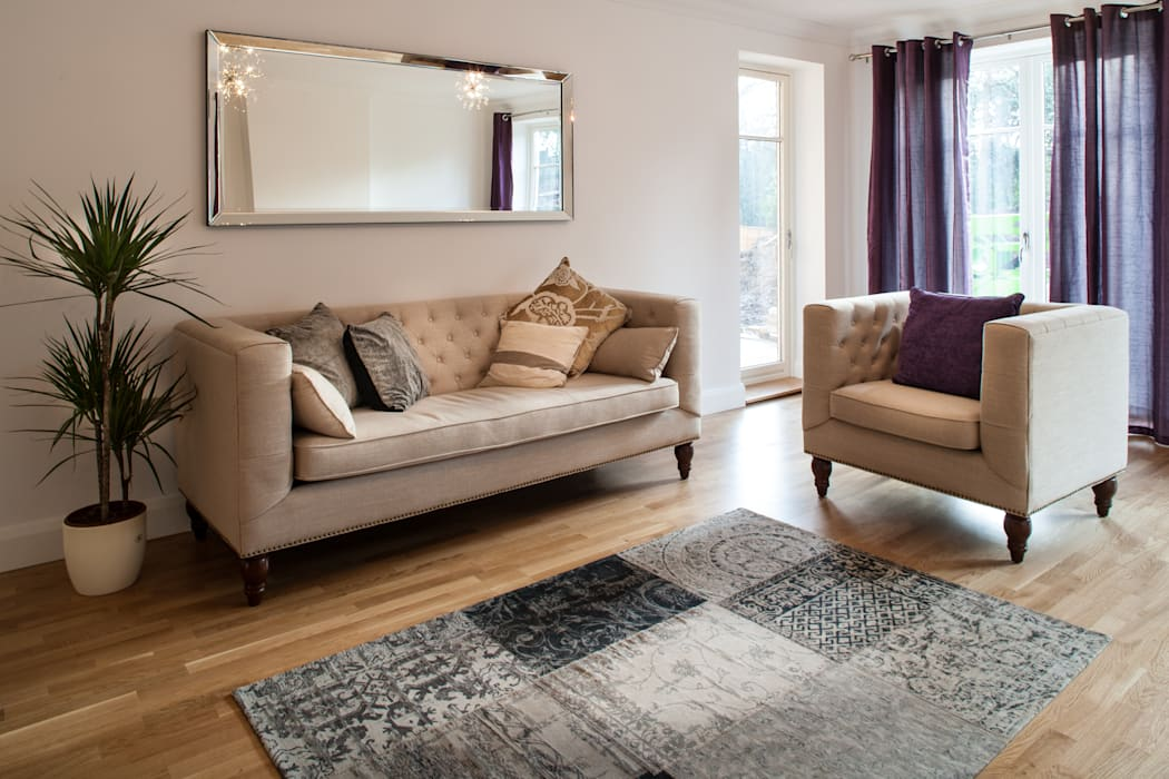 Show flat in Ascot, UK Modern living room by Lujansphotography Modern