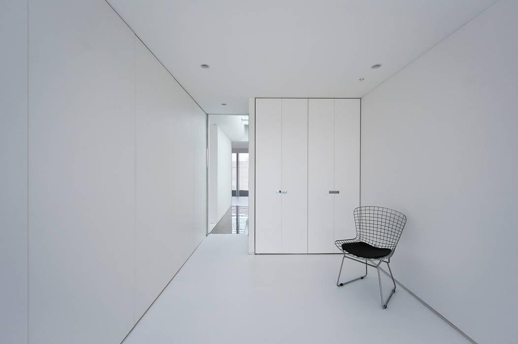 洋室: 岩井文彦建築研究所が手掛けた子供部屋です。