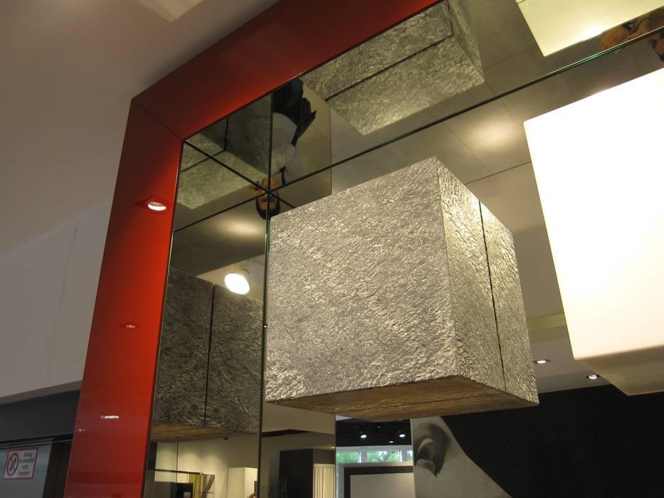 Showroom Bergmann Wien - particolare: Negozi & Locali commerciali in stile  di Foschi & Nolletti Architetti