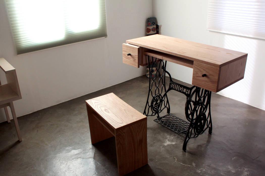 в современный. Автор – The QUAD woodworks , Модерн