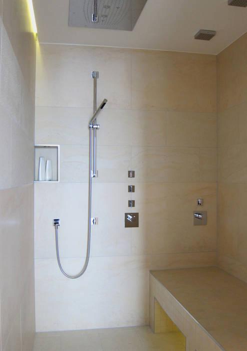 Baños de estilo moderno de hansen innenarchitektur materialberatung Moderno