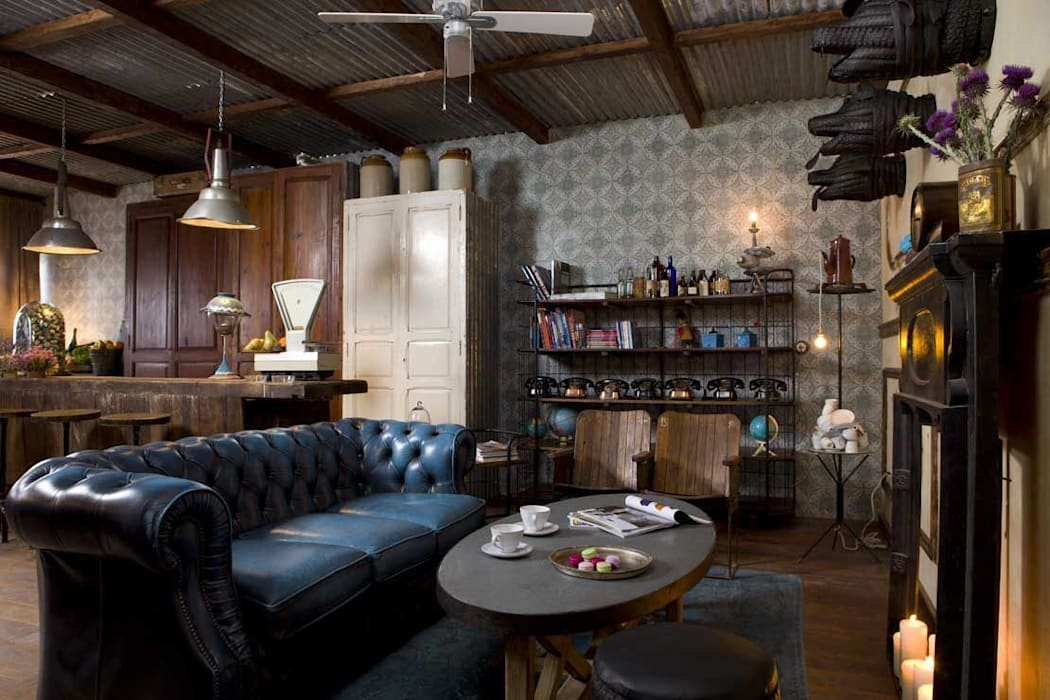 Sillones Chester originales de la firma Francisco Segarra.: Locales gastronómicos de estilo  de Francisco Segarra