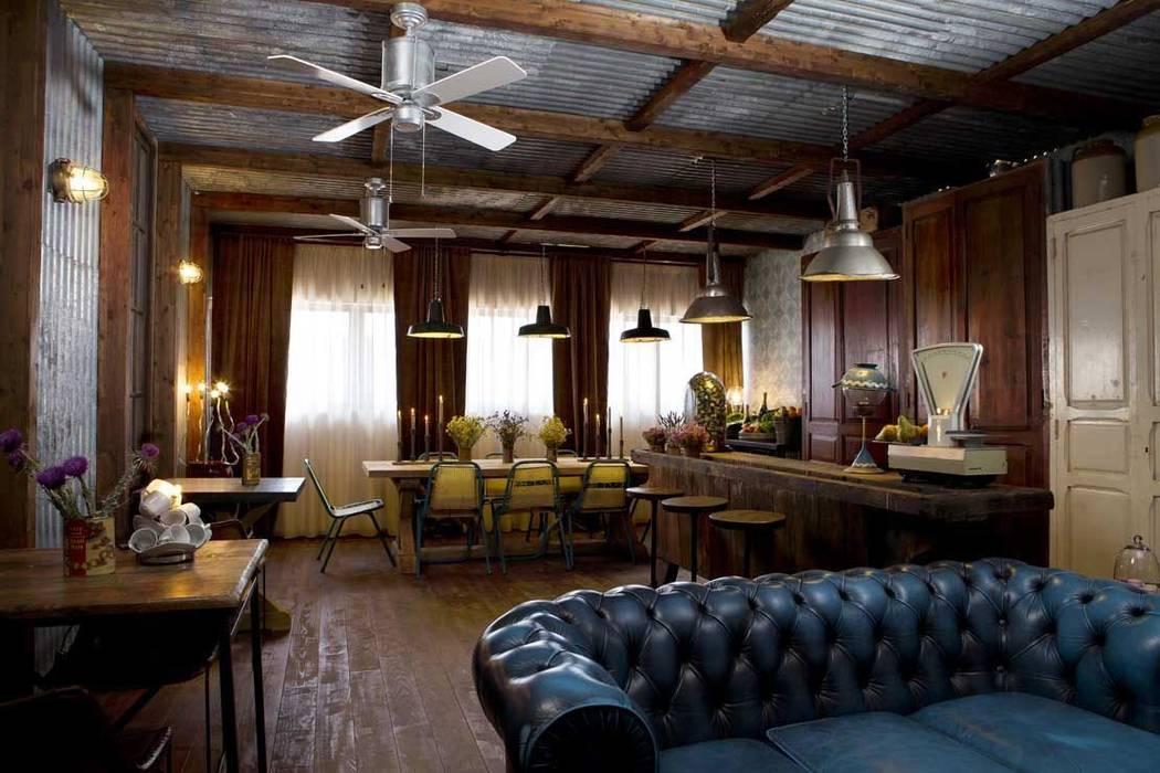 The Blue Coffee. 100 % Francisco Segarra.: Locales gastronómicos de estilo  de Francisco Segarra