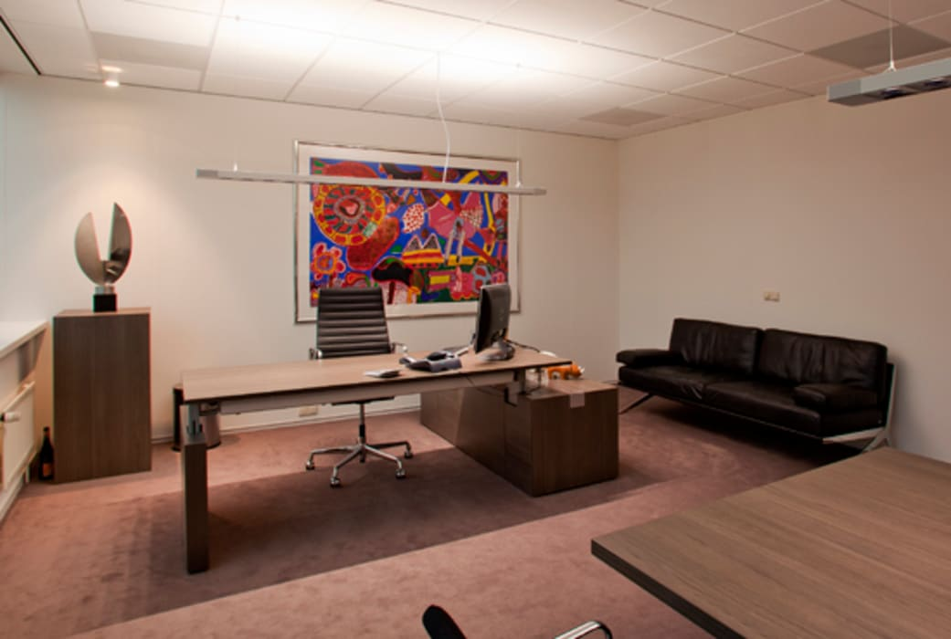 Directie kantoor:  Kantoorgebouwen door Lightarc lichtarchitektuur