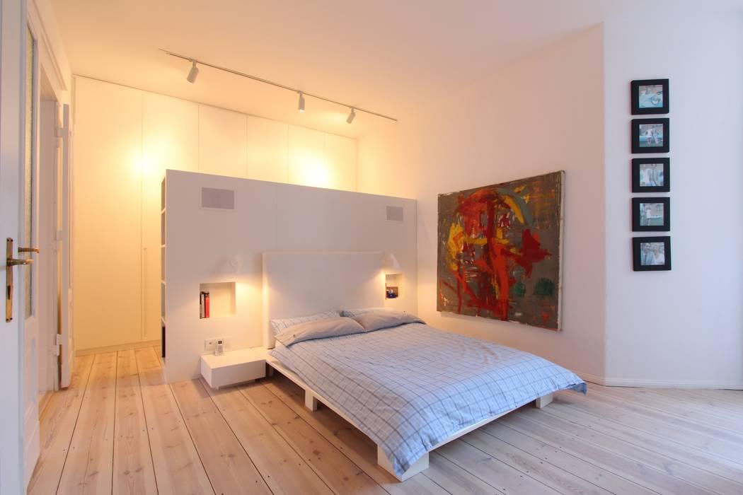 WAF Architekten Modern style bedroom
