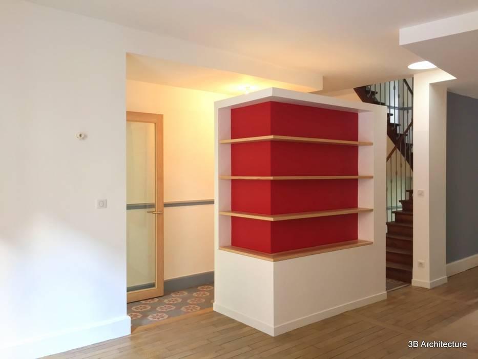 Volume multi usages: Salon de style  par 3B Architecture