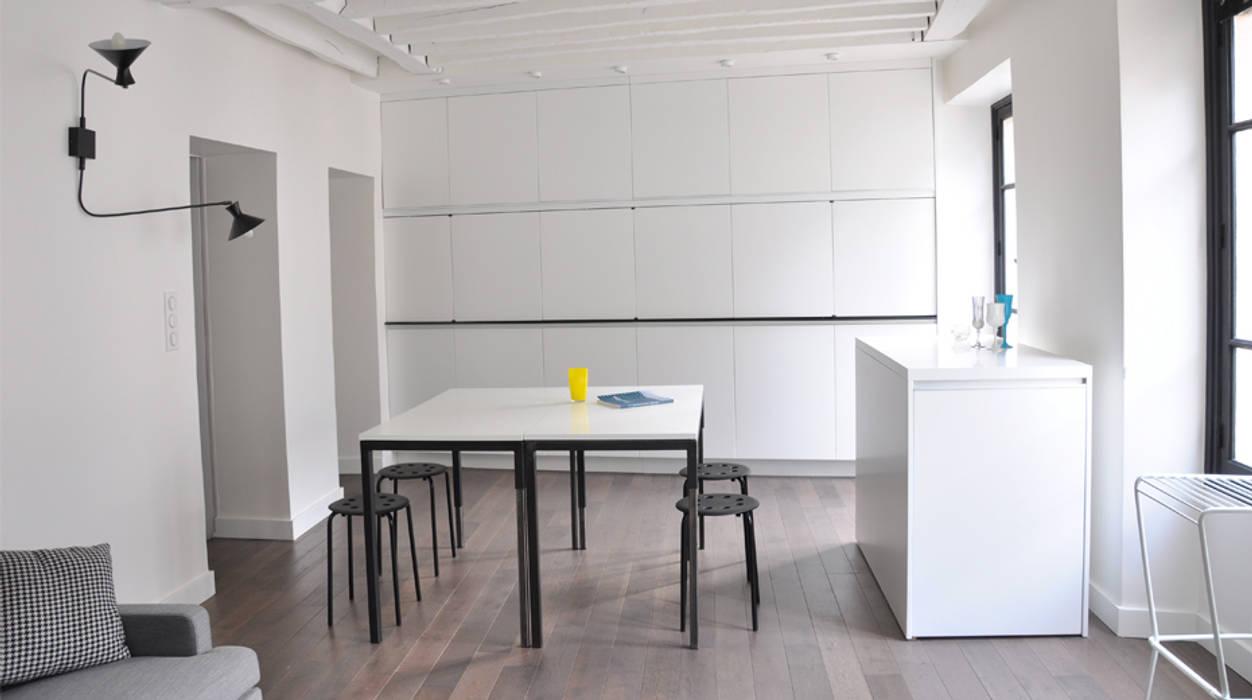 espace cuisine fermé /table : Cuisine de style  par Elément commun