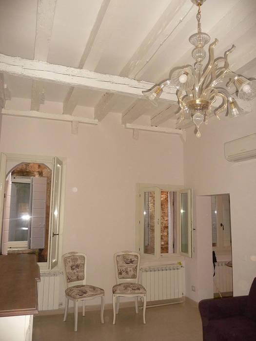 house dp - interni: Soggiorno in stile in stile Classico di A-Office /architecture platform